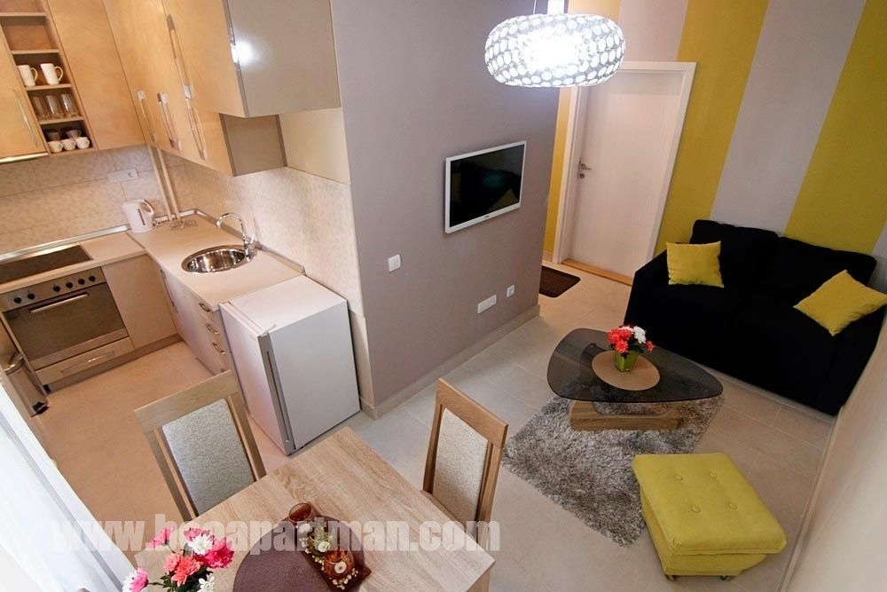 LYRA apartment Belgrade, living room and kitchen
