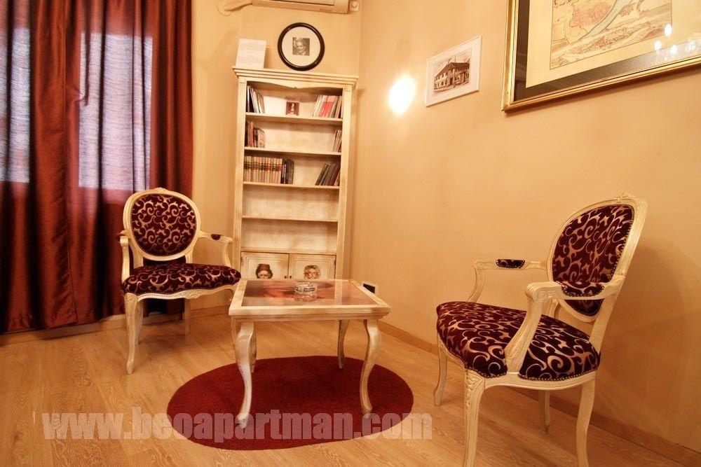 ZORA apartman Beograd strogi centr krevet