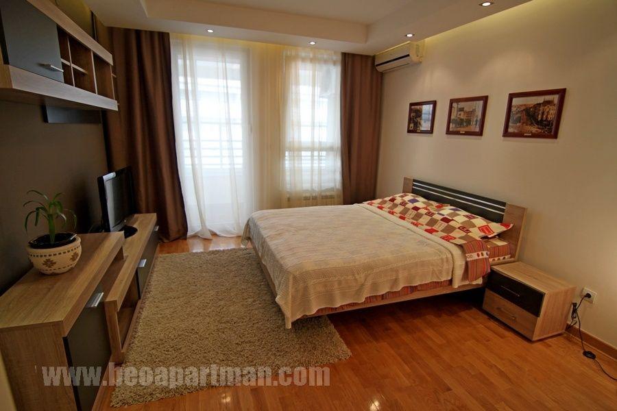 NEVENA apartman Beograd, krevet