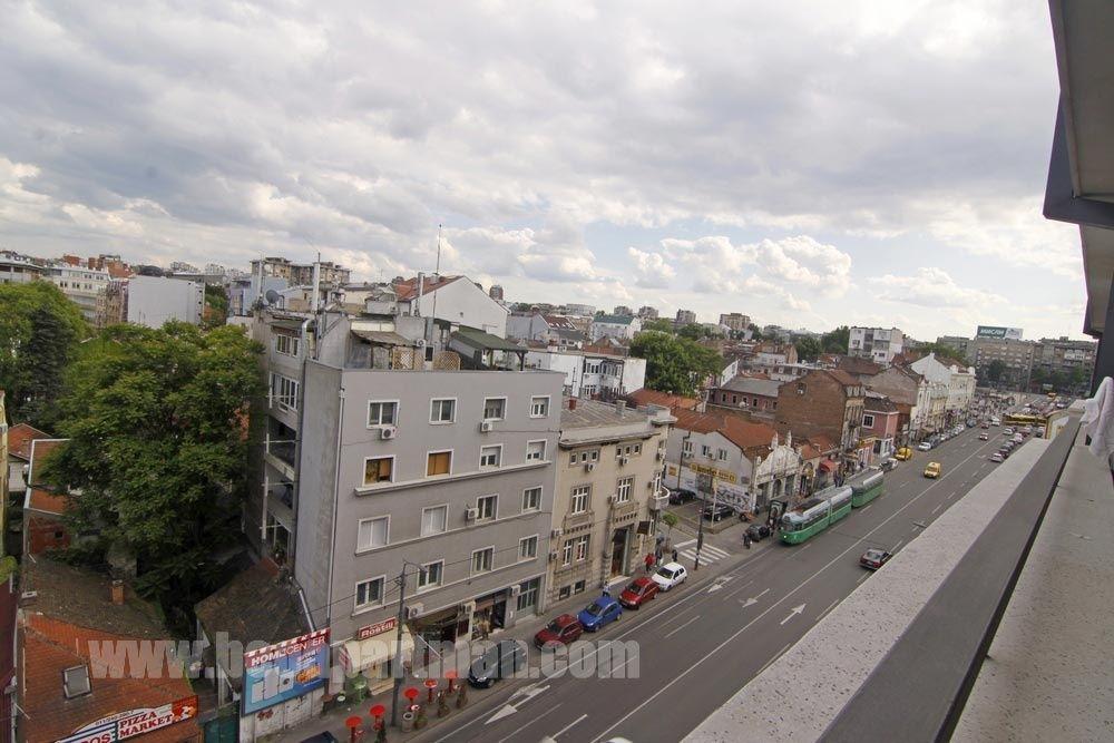 Film Apartman Sa Garazom Beograd Vukov Spomenik Ruzveltova