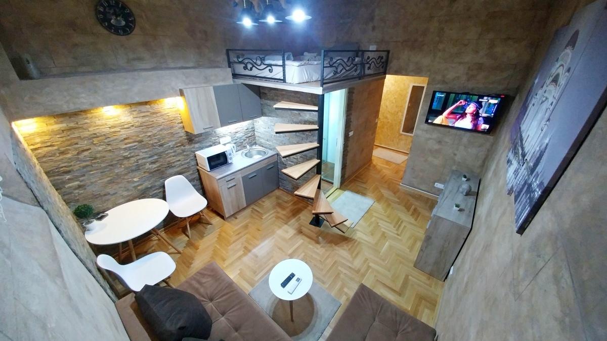 dnevna soba apartman GALERIJA strogi centar Beograda