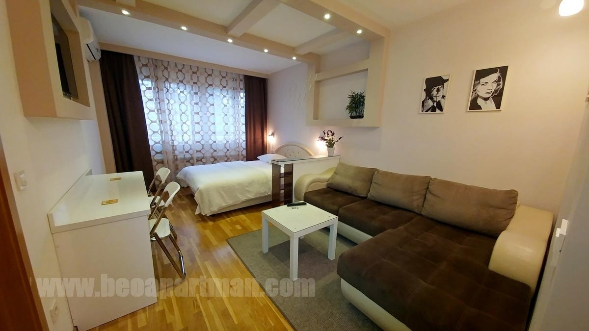 OASIS studio apartment New Belgrade