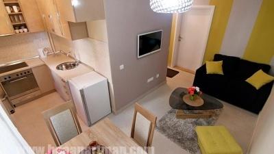 LIRA apartman Beograd, dnevni boravak i kuhinja