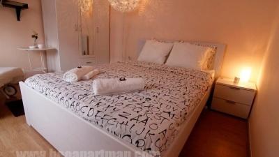 RESAVA apartman Beograd, bračni krevet