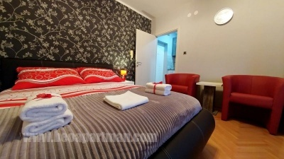 bed TIM cheap apartments in Belgrade BeoApartman
